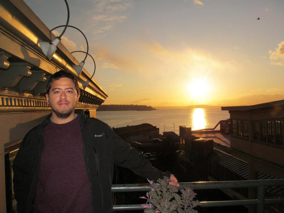 Ignacio Lau, GHC's Fulbright scholar, visits Seattle's waterfront on spring break.
