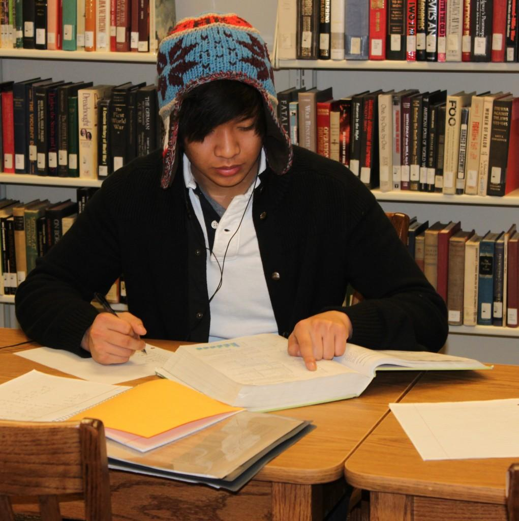 Student Roy Rios studying in the new library at Paulding. Photo taken by Jessie Summers.
