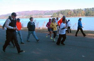 Participants begin the 1.85 mile track during the Turkey Day Walk event. Photo by Pedro Zavala