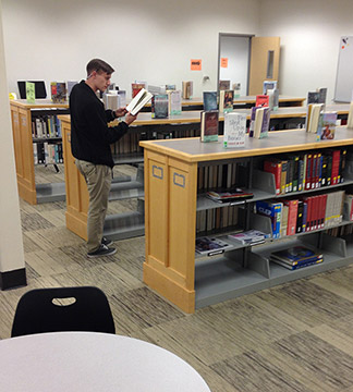 Douglasville's new 'physical' library is resource for Highlands students
