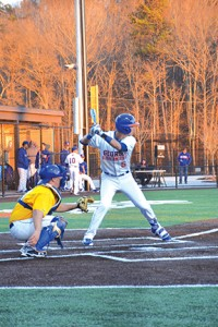 Andrew Cooley swings the bat in an attempt to score another run for Georgia Highlands. Photo by Jorge Tinoco Ramos