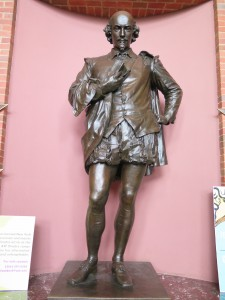 Shakespeare statue stands in the ASF theater lobby. Photo by Kayla Jameson