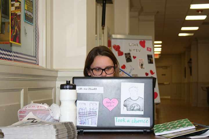 Brittany Smith is studying on her laptop at the Paulding campus. Photo by LaTonya Kilgore