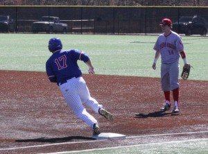 Mattew Vacarro runs to second base Photo by Daniel Smith