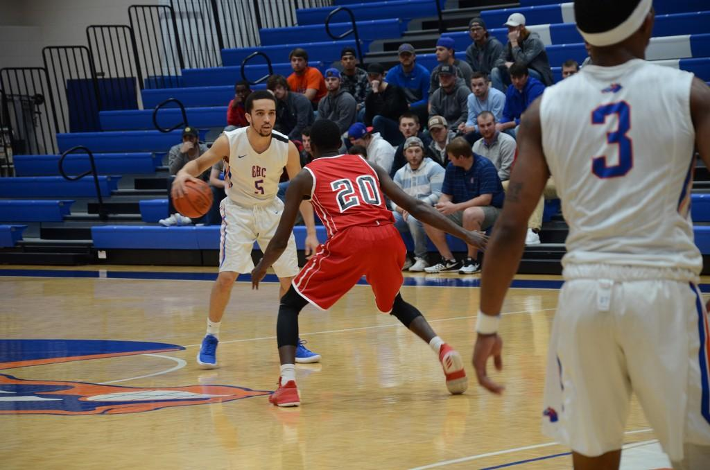 Basketball teams hope to win their conferences