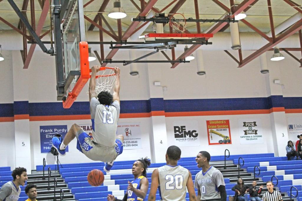 Khalyl Waters dunks during the Gordon State game on Jan. 19 at the Corral. Photo by Catie Sullivan